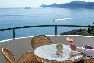 hotel praiano vista sul mare