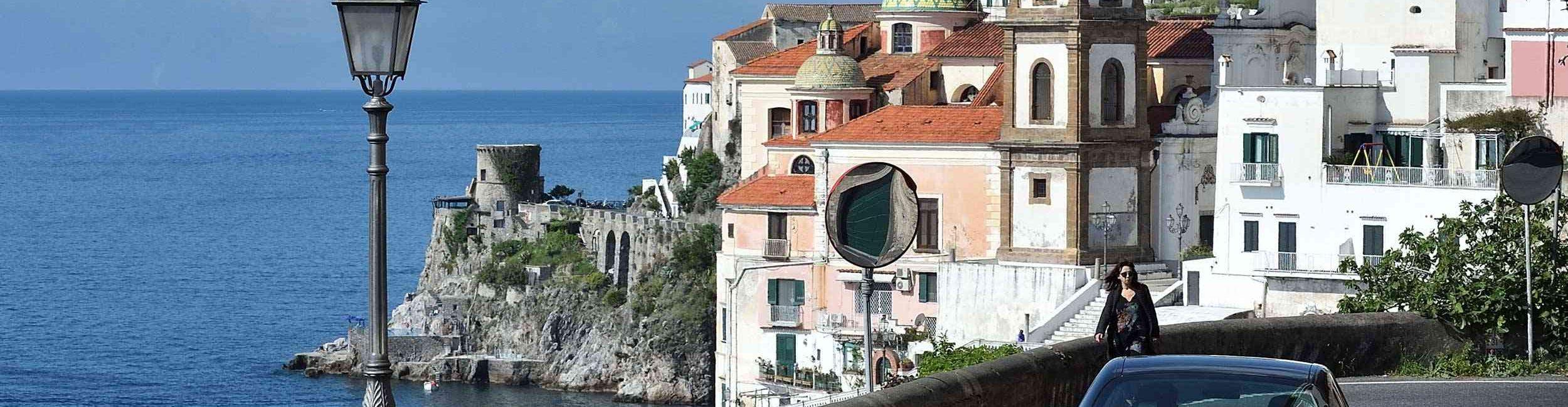 Amalfi-car---Discover-the-beauties-of-Amalfi-Coast