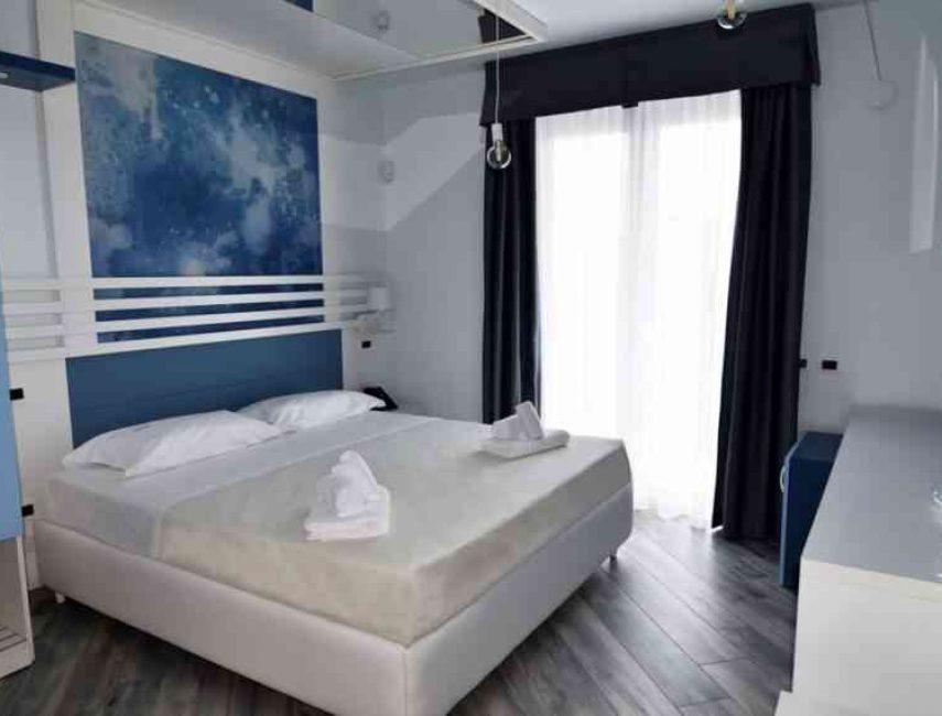 Hotel-Calypso-Salerno-008-855x570