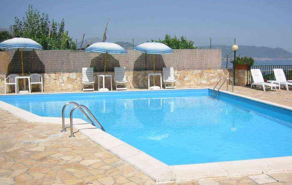 hotel-bristol-piscina-pano (Media)